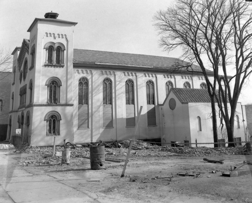 The Lancaster Street church, ca. March 1964, awaiting demolition. NYS Archives.