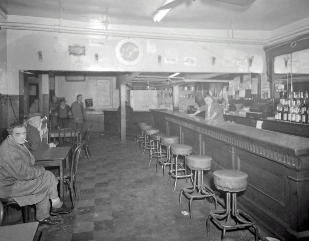 The bar at the Palombi Grill. NYS Archives.