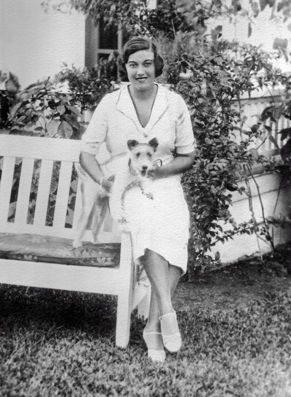 Elise in Palm Springs, Florida, 1932. This photograph was published on the front page of the May 28, 1934 Albany Evening News with the announcement of her engagement to a Albert Carlier. Used by permission of Times Union.