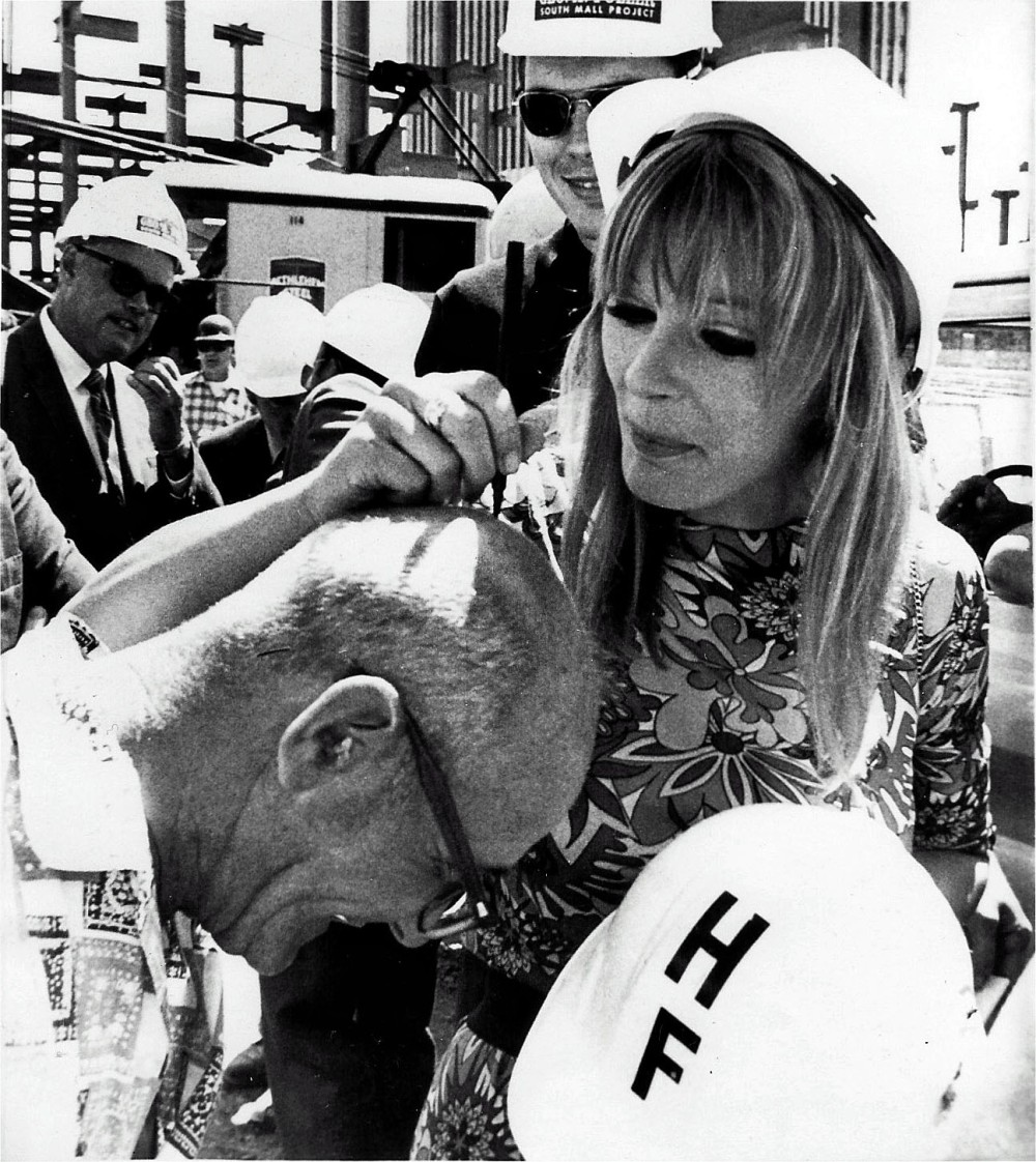 Starring in a local production of Irma LaDouce, Elke Sommer visited the South Mall construction site, August 21, 1970. Photo by Joseph Paeglow.