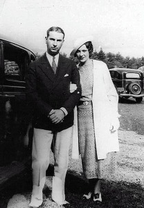 Ken and Josephine as newlyweds. Courtesy Mary Jane Hunter Kretzler.