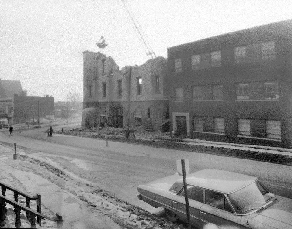 Demolition of the Catholic Union, January 1964. NYS Archives.