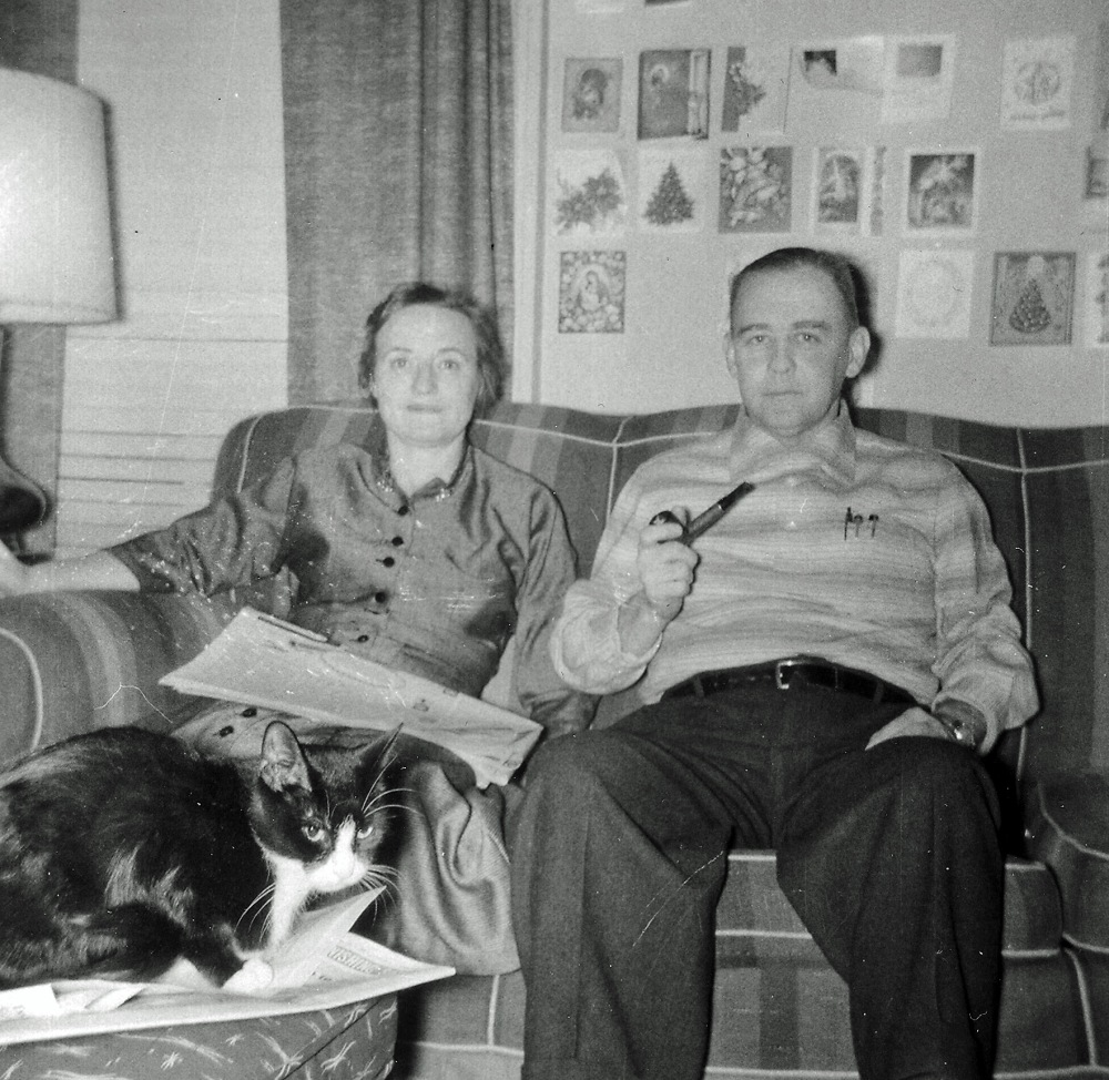 Elinor and Leo Mullen at home, 133 Eagle St., ca. 1950. Courtesy Mike Mullen.