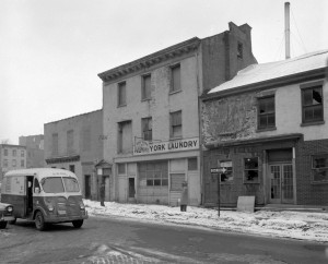 Down the street from 79 Hamilton, 1964. Two years earlier, 75 Hamilton was the site of the Albany Rescue Mission (formerly Port of Homeless Men). NYS Archives.